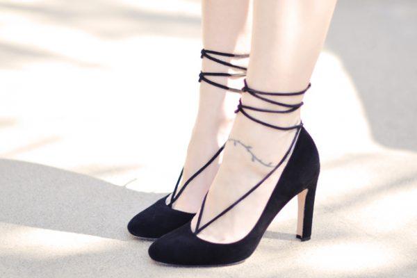 DIY barefoot sandal pump-ankle lace-up shoe embellishment