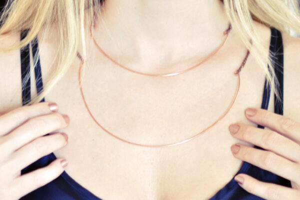 how to make delicate rose gold chain necklaces out of copper wire, diy jewelry