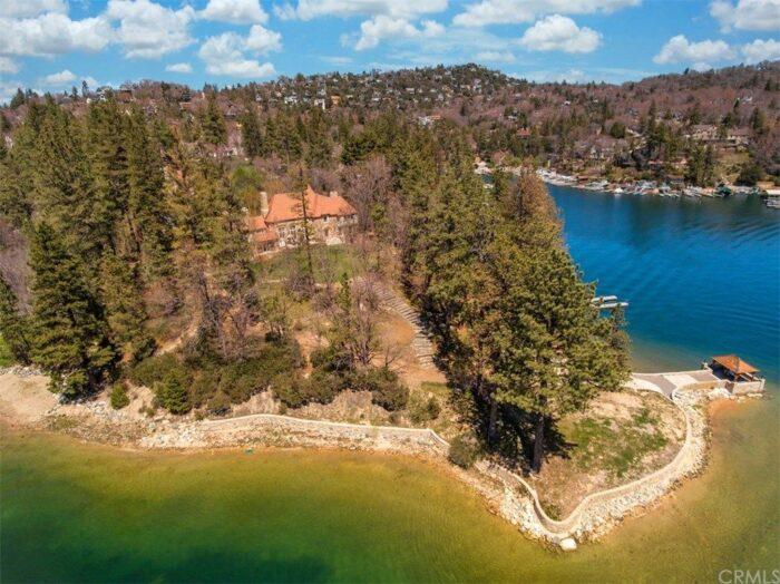 living in Lake Arrowhead Peninsula Estate on the lake