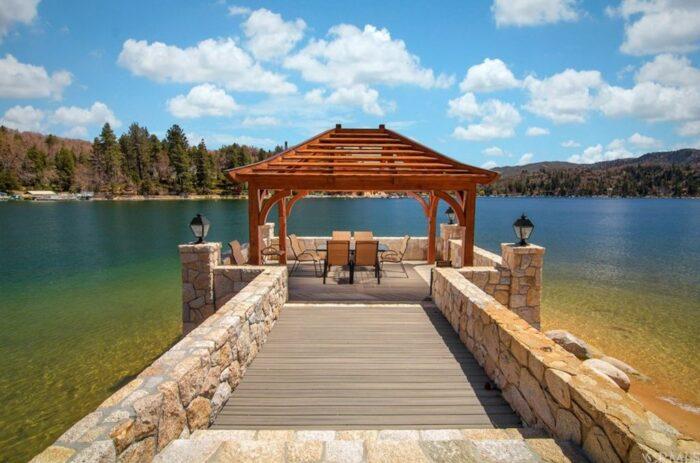 Lake Arrowhead Peninsula Estate on the lake