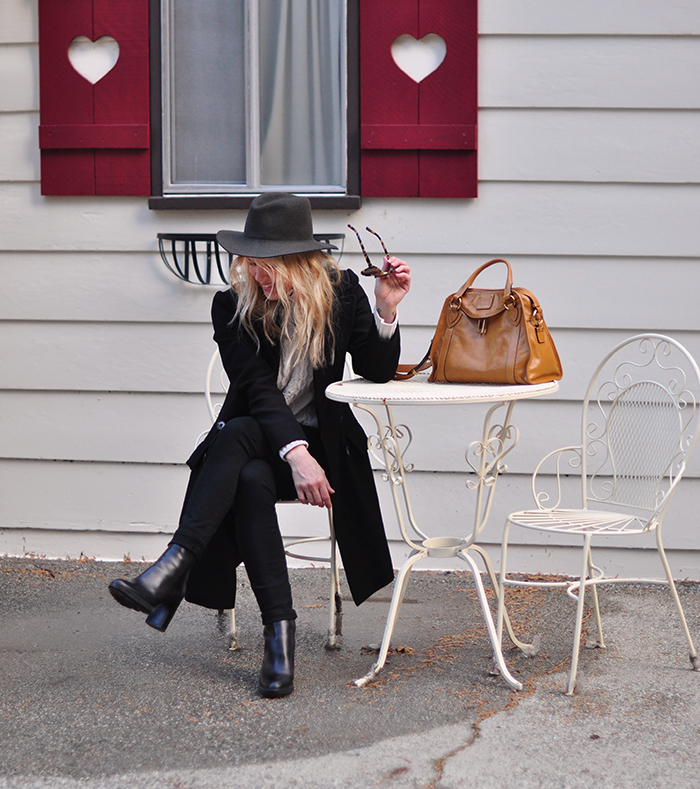 black on black outfit - fall winter style