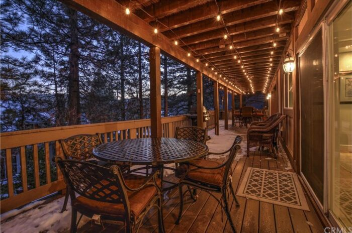 Lake Arrowhead houses for sale - Rustic Modern lake house in the mountains