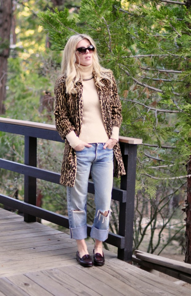 How to wear a leopard coat for Fall - Levis & Loafers & Leopard Coat