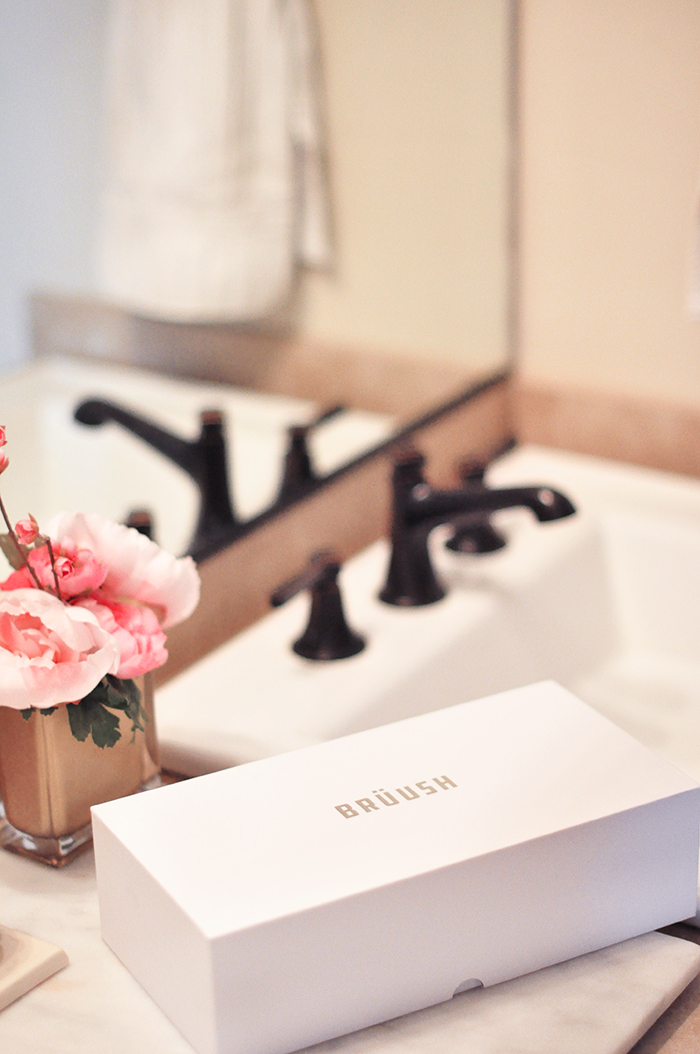 High-end Electric Toothbrush in Pink - Brüush Gives Me A Reason To Smile