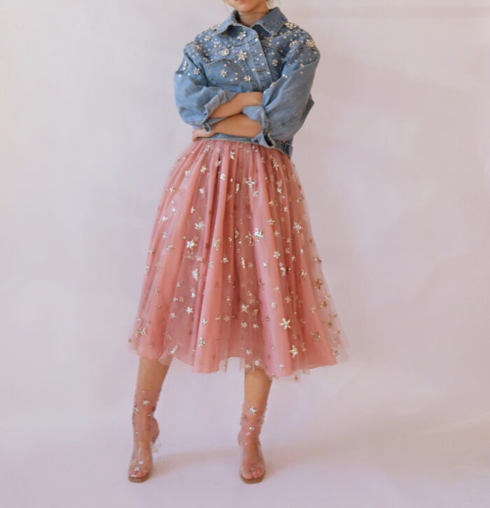 sheer and sparkly skirt with glitter starts in pink