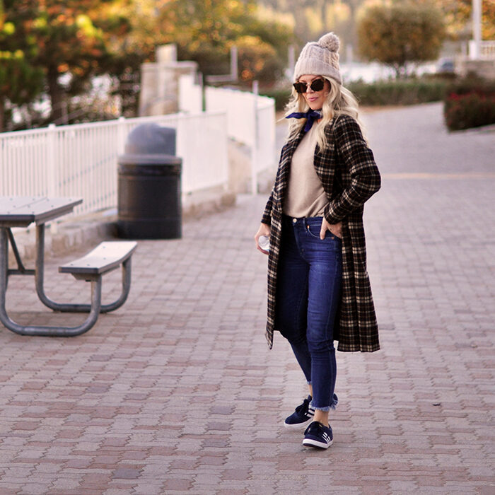 fall style on the lake - plaid coat and jeans