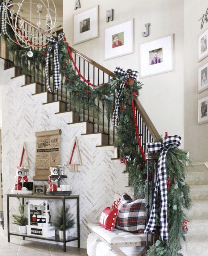 holiday christmas stairwell decor ideas - buffalo plaid