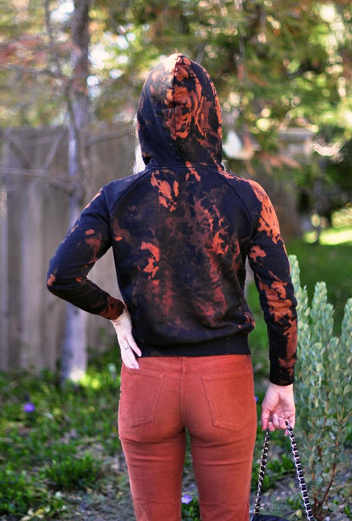 how to splotchy bleach tie dye sweatshirt black hoody