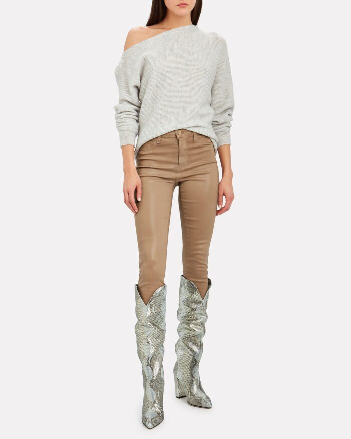monochromatic fall style jeans and a sweater with silver boots
