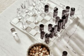 Pretty Chess Sets // Gift Idea Inspired by The Queen's Gambit