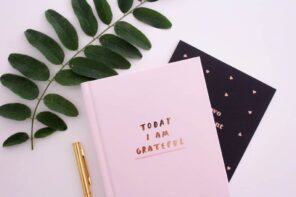 A Simple Way to Start a Morning Gratitude Journal Practice