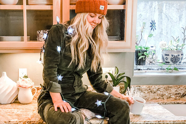 cozy christmas style in the kitchen - lee vintage modern corduroy coveralls unionalls