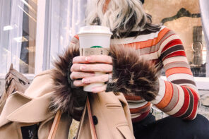 DIY // How to Level Up Your Fingerless Knit Gloves with Faux Fur