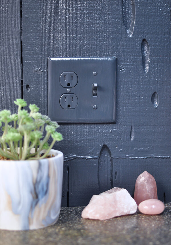 how to paint light switch cover plates