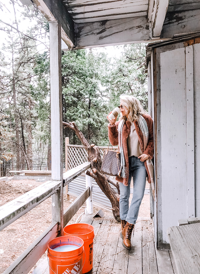 winter style, vintage jeans, faux fur coat, outfit with docs, louis vuitton neverfull, home depot buckets, lake arrowhead