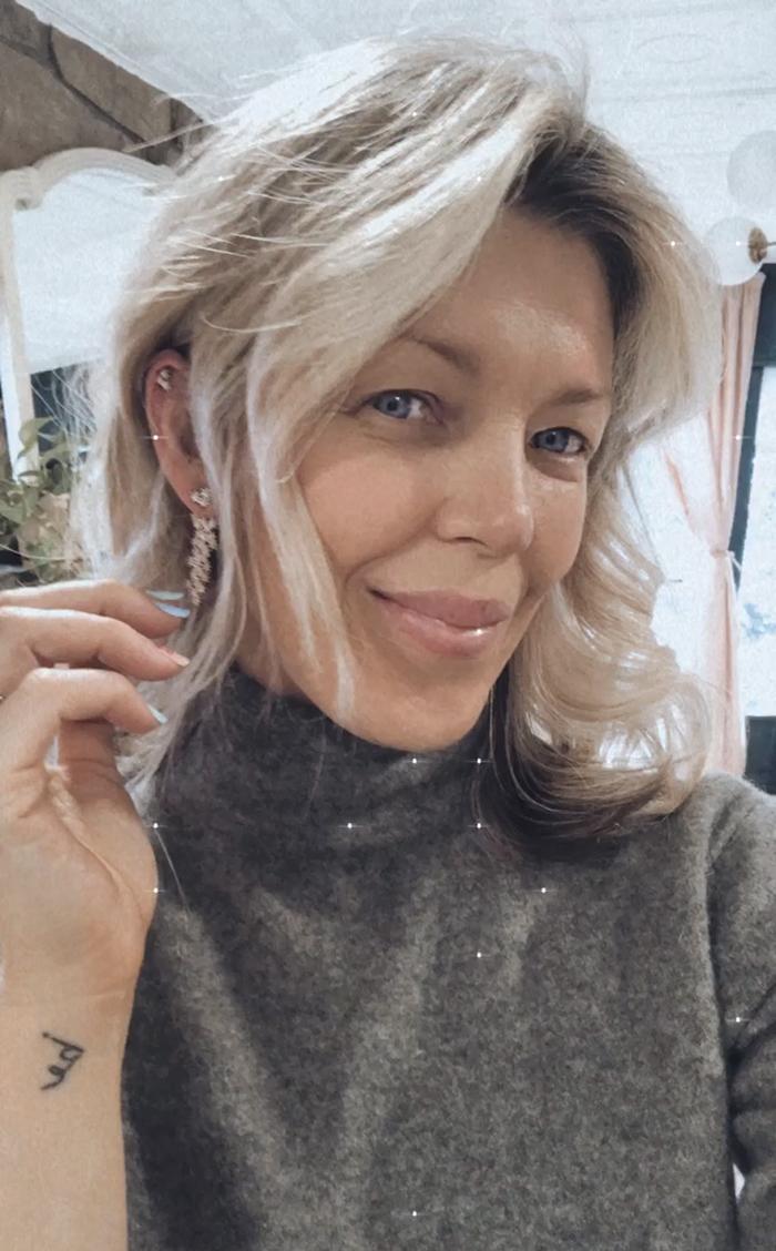 pretty floral white gold ear jackets earrings, tiny wrist tattoo love maegan blog