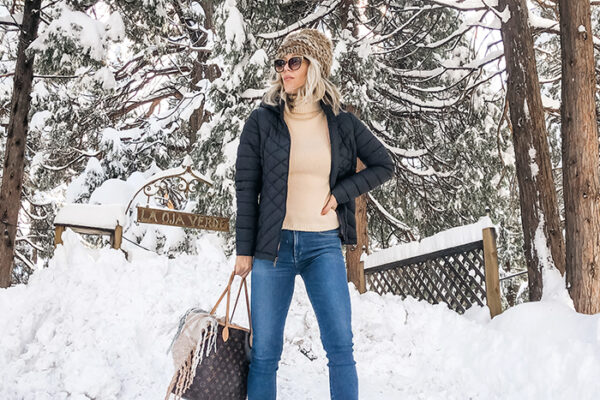 winter style snow outfit-puffer jacket-jeans-snow capped trees-louis vuitton bag-love maegan blog- lake arrowhead