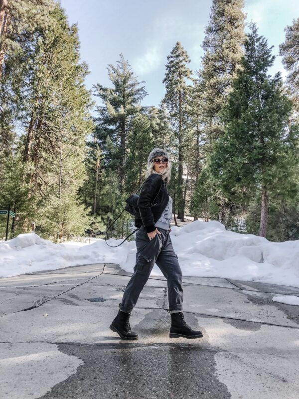 winter style, casual outfit in the snow, baggy pants, docs, dr martens outfit, winter spring transitional outfits, style blogger