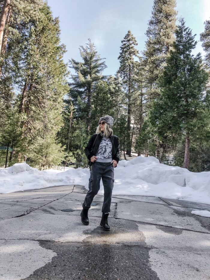 casual winter outfit, loose fitting pants, outfit with docs, winter spring transitional style, style blogger, lake arrowhead, street style