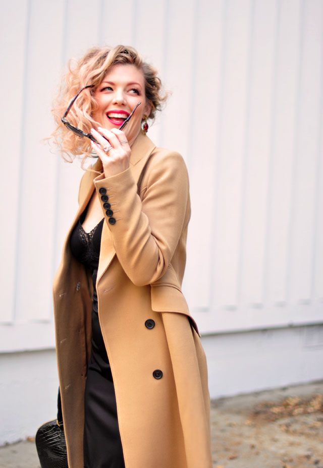 how to wear a classic camel coat, how to buy a great jacket, chic camel coats