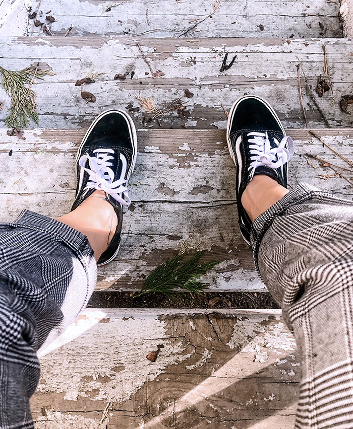 plaid pants, old skool vans sneakers, spring style