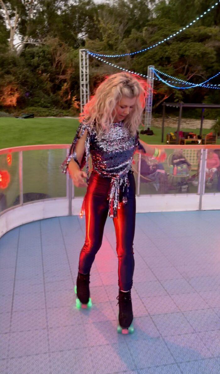discoasis at the botanical gardens summer 2021, roller disco, roller skating, disco night, 70s roller disco, roller skates, light up wheels, disco oasis, roller skate disco outfits, disco fashion