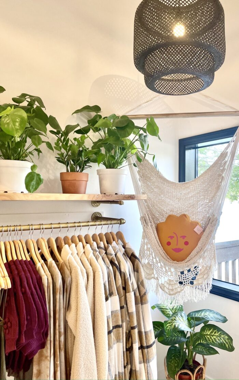 bohemian village, shopping in lake arrowhead, cute local mountain shops, bohemian style, boho boutiques, plants, bohemian boutique, desert sun, cute clothes, where to shop in lake arrowhead, california