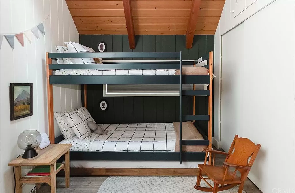 bunk beds loft room for kids in mountain house