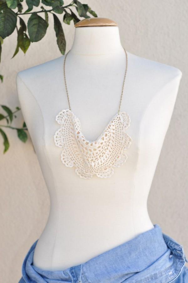 DIY Vintage Lace Doily Necklace