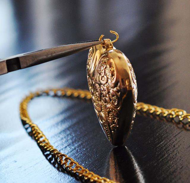 DIY Heart Pendant Necklace