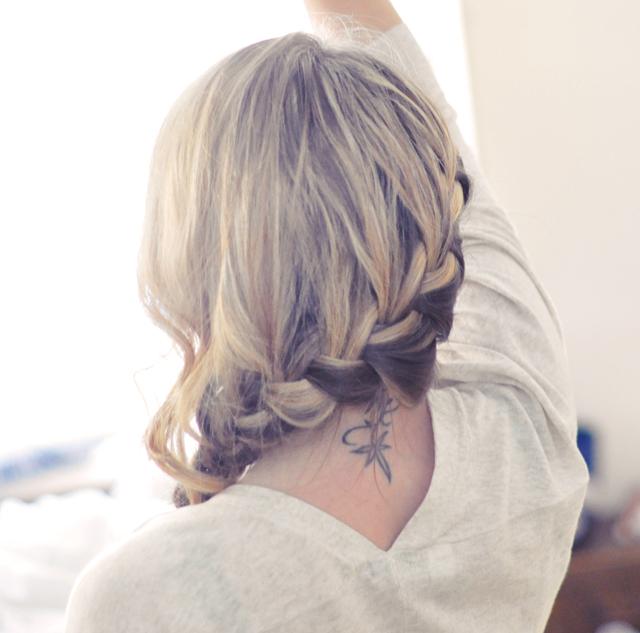 diy low french braid hair tutorial