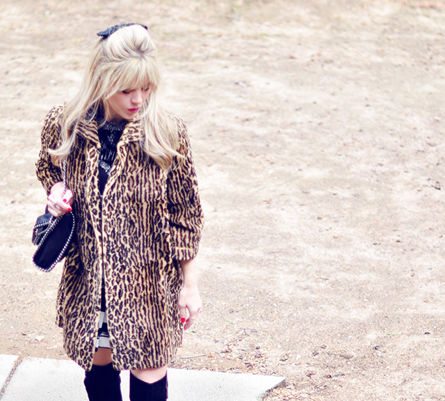 60s leopard coat_bow with bangs