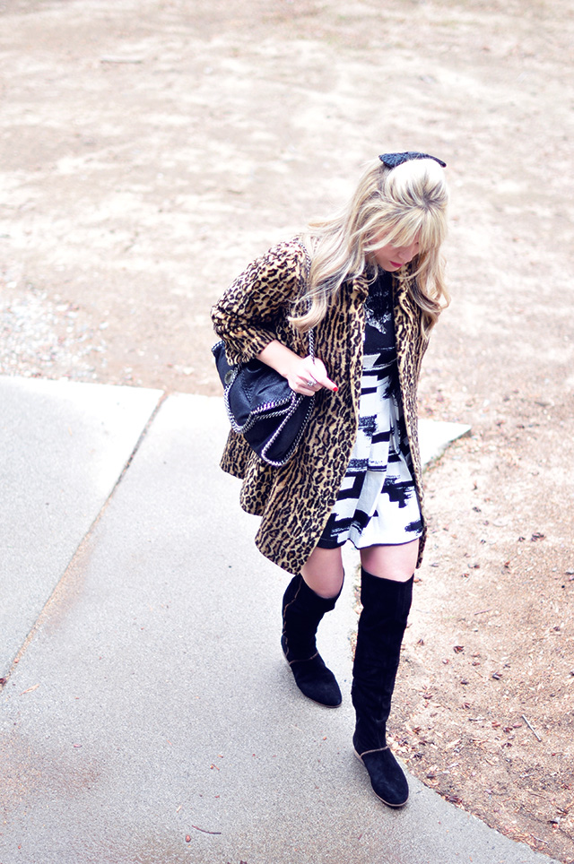60s look_leopard coat _black and white  dress