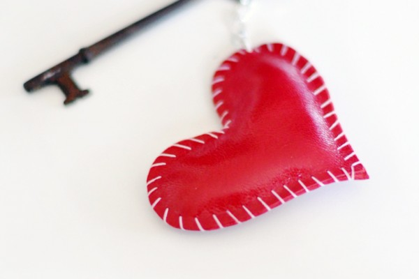 DIY leather heart key ring