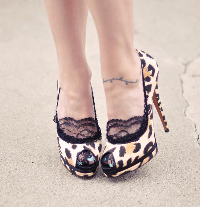 DIY Lace Socks ~ Socklets for your Heels