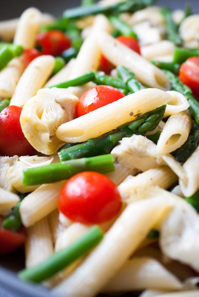 Artichoke-Aspargus-Tomato-Pasta-Salad-5