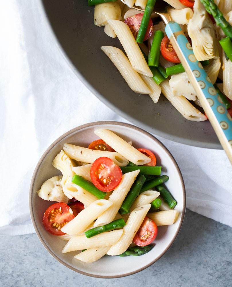 Artichoke-Aspargus-Tomato-Pasta-Salad-6