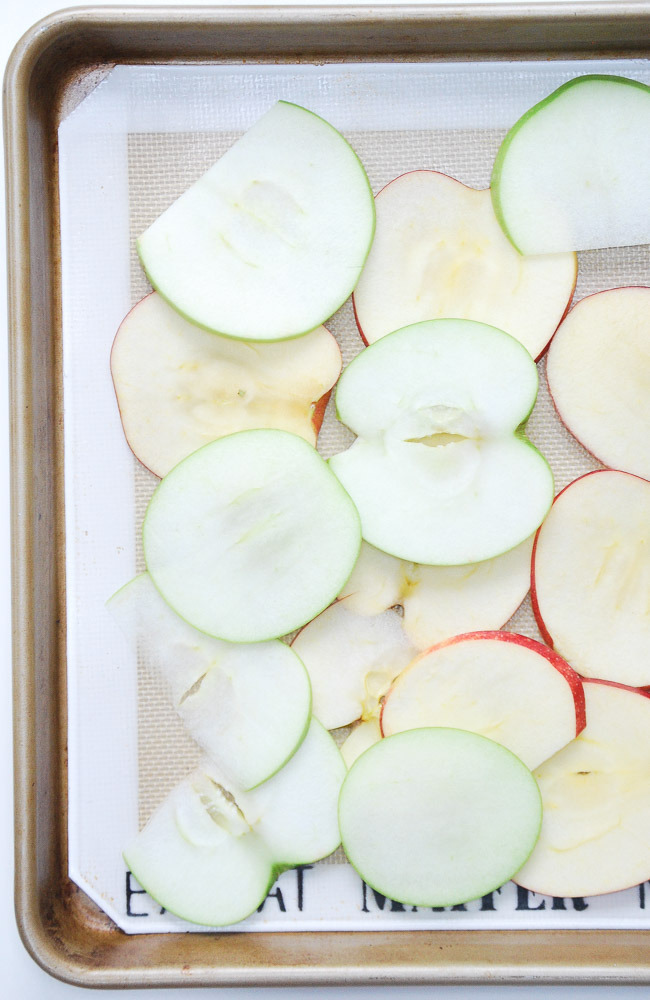 Baked-Apple-Chips-3
