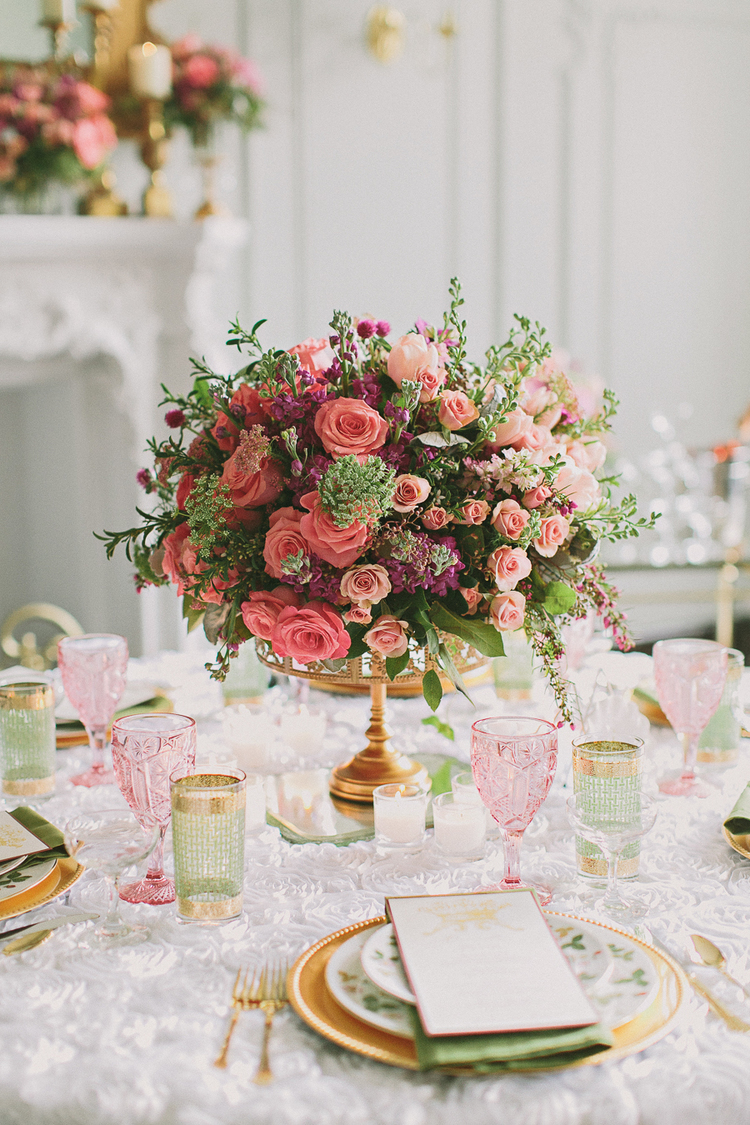 pretty table settings, spring table ideas, easter table setting ideas, how to set your table, pretty tablescapes