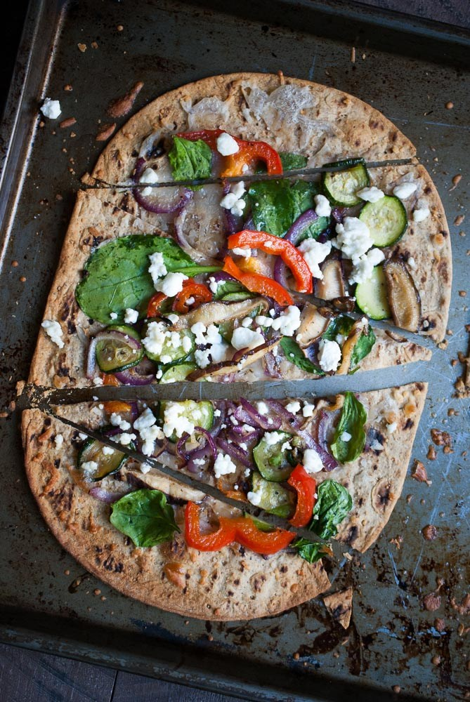 Crispy-Roasted-Veggie-Flatbread-Pizza-recipe