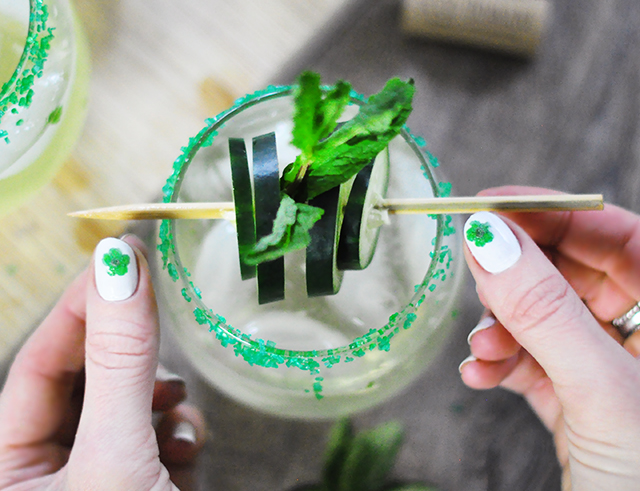 Cucumber Mint wine coacktail_St Patrick's Day nails