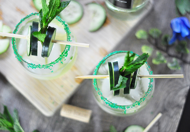 Cucumber mint wine cocktail recipe