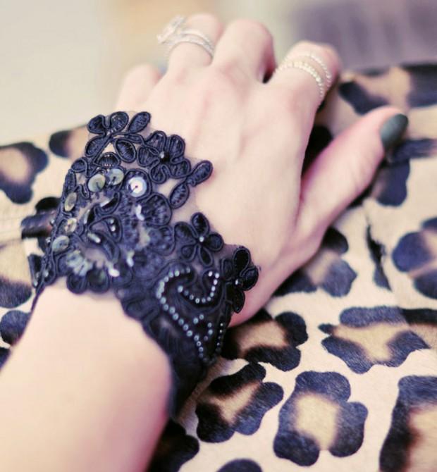 DIY BLack Lace Beaded Bracelet-4 leopard bag