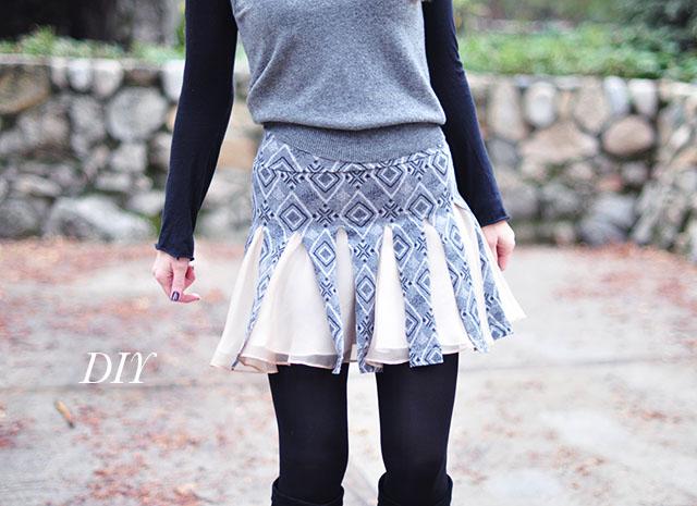 DIY Cheerleader Skirt, DIY pleated car wash cheerleader skirt, cosplay, anime skirt, diy easy no-sew pleated skirt, refashion, upcycle, mini skirt diy, no sew diys, spinning skirt, short skirts
