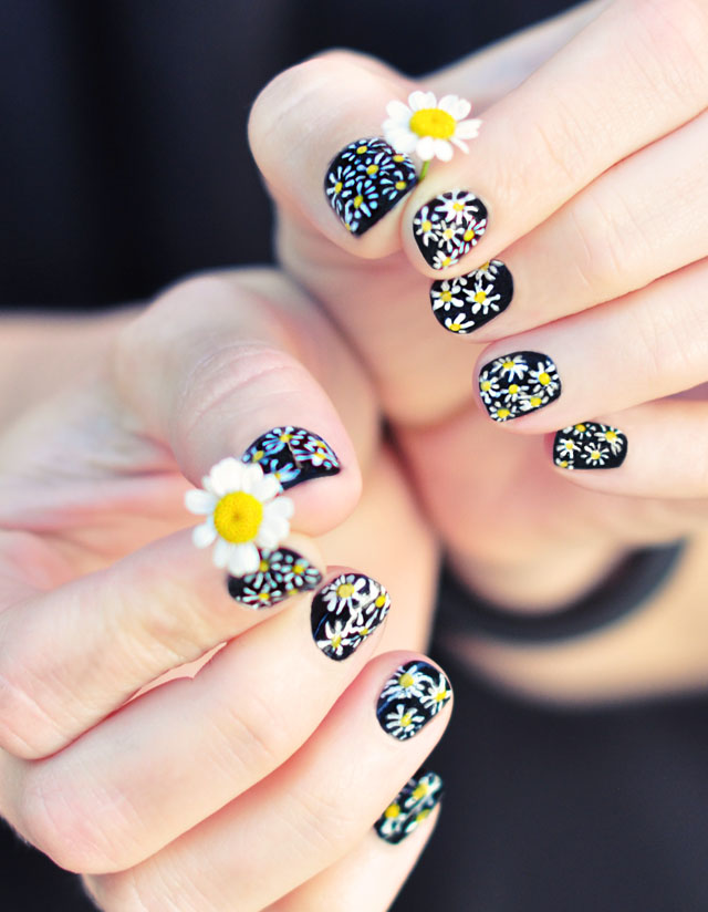 DIY Daisy Nail Art on black manicure, cute 90s nail art ideas, floral nail art
