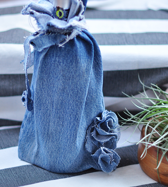 diy-denim-wine-bag
