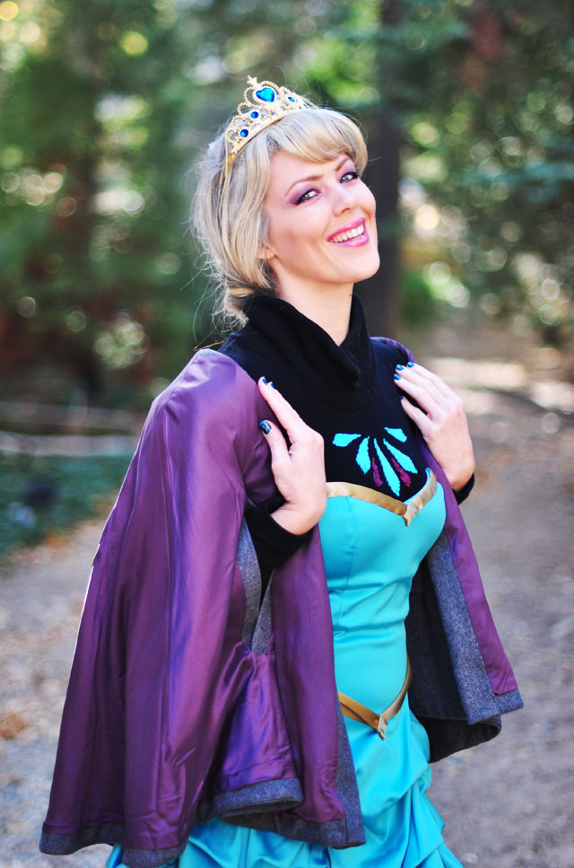 DIY Elsa costume-Frozen