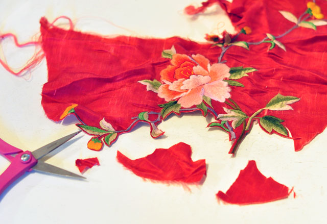 DIY Embroidered Clutch-3