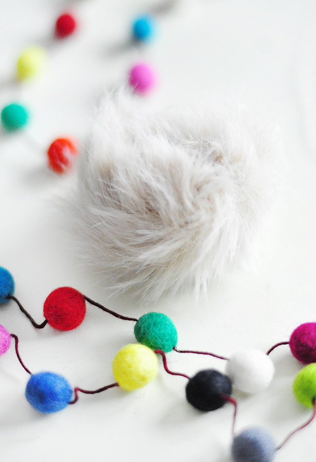 DIY Faux Fur and Feathers Bag Charms_6