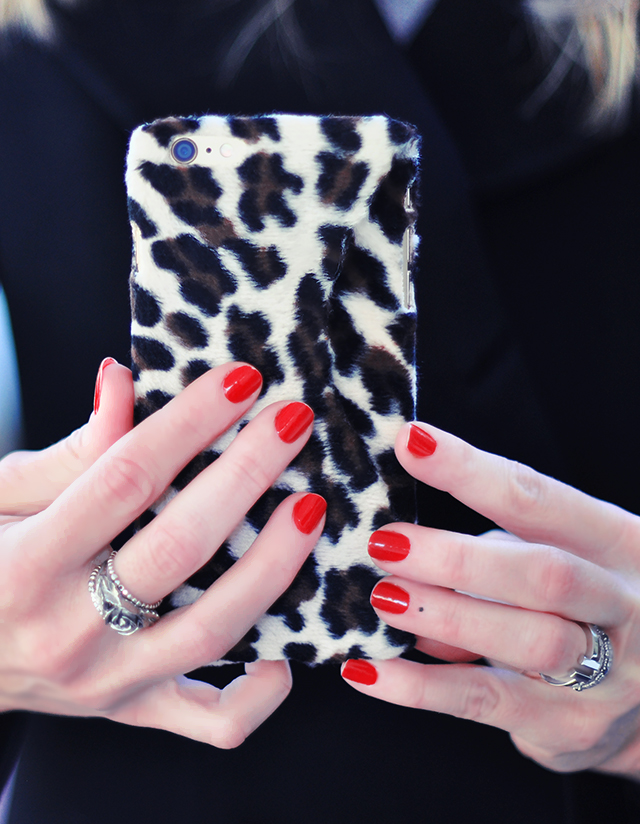 DIY Faux Fur leopard phone case-12
